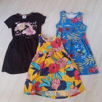 3 vestidos 5/6 anos