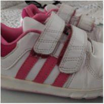 Tênis Adidas - 25 - Adidas
