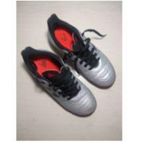 Chuteira Adidas - 35 - Adidas