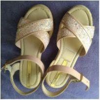 Sandália rosa com tiras e brilhos - 28 - Molekinha