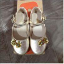 Sapato Bibi Dourado Tamanho 26