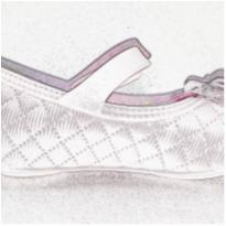 Sapato Hello Kitty rosa bebê - 17 - Grendene