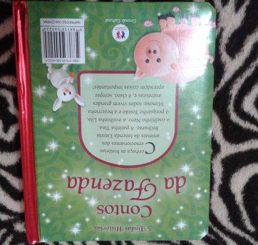 Livro capa dura com cinco contos de bichos da fazenda - Sem faixa etaria - Não informada