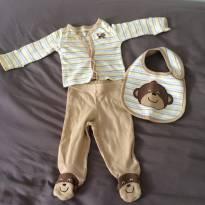 [C408] Conjunto Macaquinho Carters com calça, casaquinho e babador - 3 meses - Carter`s
