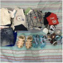 Lote de roupa para meninos - 6 a 9 meses - Não informada
