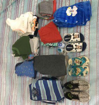 Lote de roupa para meninos - 9 a 12 meses - Não informada