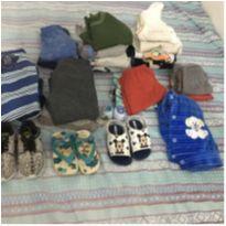 Lote de roupa para meninos