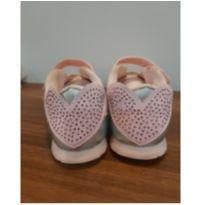 Tênis Pampili menina, rosa com detalhes em strass, tamanho 26, pouco usado - 26 - Pampili
