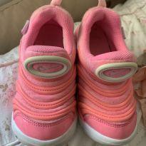 Tênis Nike rosa chiclete - 22 - Nike