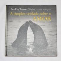 Livro- A simples verdade sobre o amor - Sem faixa etaria - Não informada
