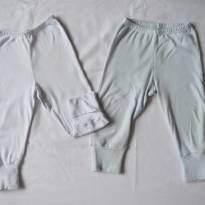 Dupla Calças algodão, pé reversivel pode ser usado com ou sem M - 6 a 9 meses - Não informada