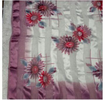 Lenço Floral - Sem faixa etaria - Sem marca
