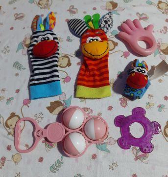 Brinquedos bebê - Sem faixa etaria - Não informada