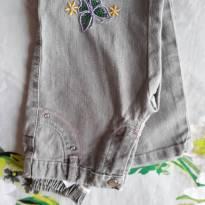 Código  159    calça jeans  Tam 4 marca kadmia - 4 anos - Não informada