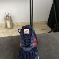 Tênis praticamente novo - 33 - Adidas