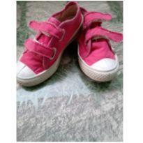Tênis Pink ( ◜‿◝ )♡