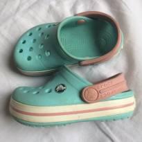 Crocs Azul e Rosa Original Tam 4c5 (19) - 19 - Crocs