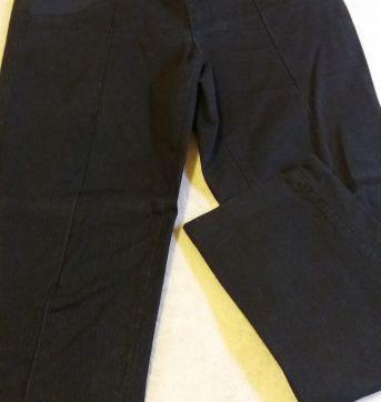 Calça preta - M - 40 - 42 - Due Vita
