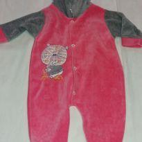 Macacão plush com capuz rosa e cinza - 6 a 9 meses - Não informada