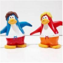 2 bonecos coleção club penguin disney -  - Disney