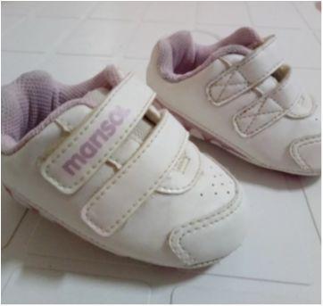 Lote com 4 pares de sapatos bebê meninas num. 17 ao 19 - 17 - Melissa