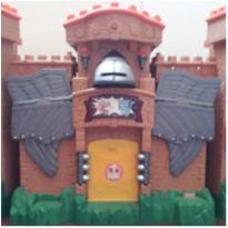 Castelo Medieval  Reino da Águia Imaginext -  - Imaginext
