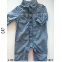 Macacão  jeans Gap, forrada em algodão - 0 a 3 meses - Baby Gap