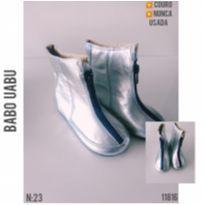 Bota Monn em couro , NOVA - 23 - Babo Uabu