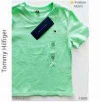 Camiseta Tommy Hilfiger NOVA - 2 anos - Tommy Hilfiger