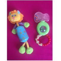kit com 2 brinquedinhos estimulos baby -  - Chicco