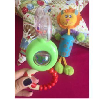 kit com 2 brinquedinhos estimulos baby - Sem faixa etaria - Chicco