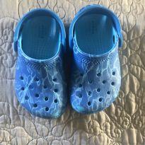 Crocs azul quase novo - 25 - Crocs