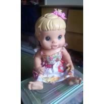 BONECA BABY  ALIVE  CUIDA DE MIM  !!!