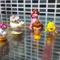 LOTE MINIATURAS PRINCESA BELA E ARIEL -  - Disney