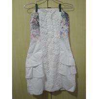 vestido branco M - 14 anos - Não informada