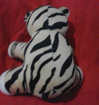 tigre pelúcia - Sem faixa etaria - Não informada