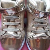 sneaker luz tênis dourado - 23 - Pampili
