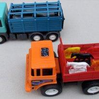 1489 - Kit de dois caminhões de carga -  - Poliplac