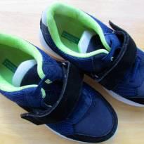 4536-Tenis Benetton marinho e verde limão  - Tam.33 Europa - 21 cm