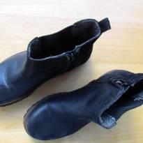 4537-Bota preta Boys Collection (Zara) Tam. 33 - 20 cm - 33 - Zara