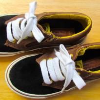4538-Sapatenis marrom e preto Boys Collection (Zara) Tam. 32/33 - 20 cm - 32 - Zara