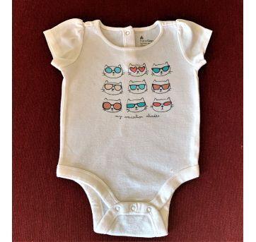 4623 - Body Baby Gap - menina 3 a 6 meses – Tons das minhas férias - 3 a 6 meses - Baby Gap