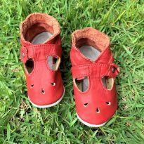 4669 - Sapatinho vermelho Babo Uabu –de 0 a 6 meses – 10.5 cm.
