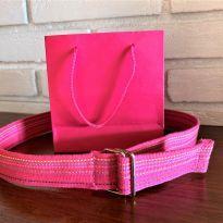 4740 - Cinto pink em polyester – regulável entre 0,60 e 0,68 cm. -  - Importado