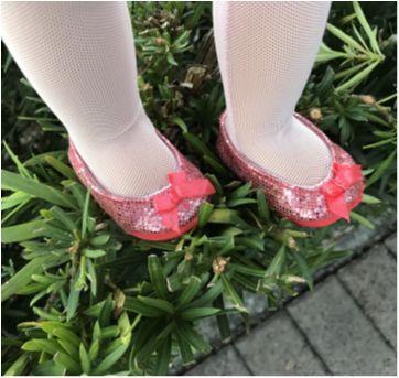 4774 - Boneca Generation Bailarina - Sem faixa etaria - Importado