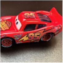 4818 - Relâmpago McQueen – o grande astro da série The Cars -  - Disney