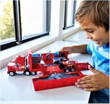 4817 - Mack Hauler - McQueen Truck – (a jamanta do MacQueen) - Sem faixa etaria - Disney