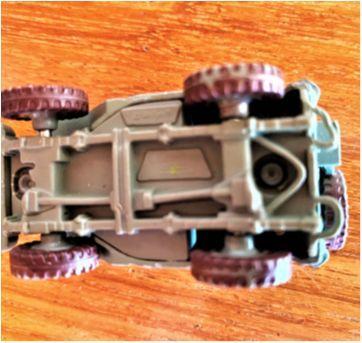 4822 - Sargent … uma autoridade em Radiator Springs – 6 cm. - Sem faixa etaria - Disney