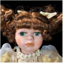 4847 - Boneca de porcelana Vintage Megan – 27 cm. -  - Megan