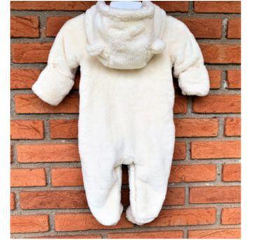 MT - 5290 - Macacão com capuz – Baby Gap – Menina/0 a 3 meses - 0 a 3 meses - Baby Gap